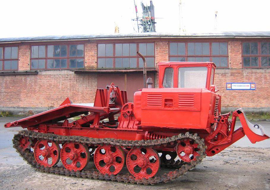 Трактор-трелёвочник ТДТ-55