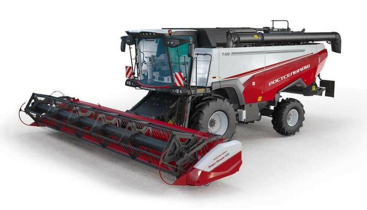 Ростсельмаш выпустил новую модель зерноуборочного комбайна Т500