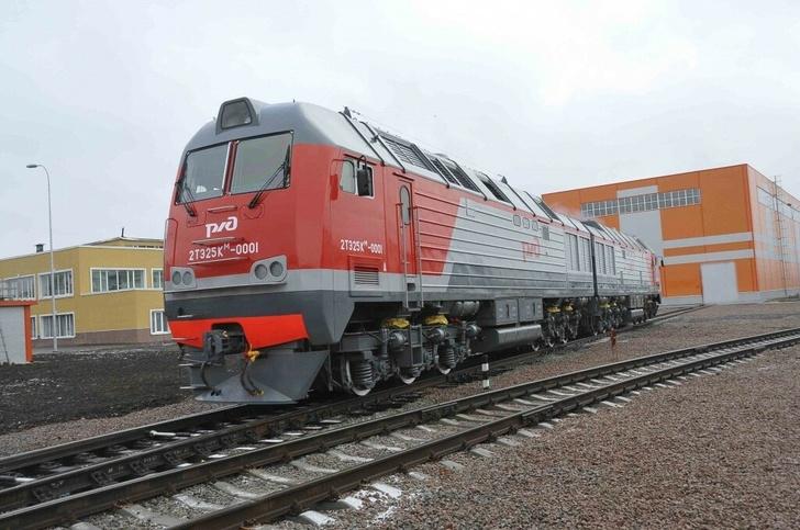 На Октябрьскую железную дорогу поступило 60 новых локомотивов