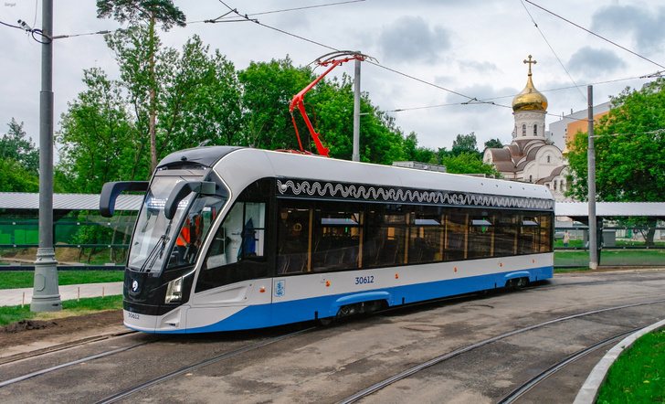 В Москву поступили 30 новых односекционных трамваев модели 71-911ЕМ «Львёнок»
