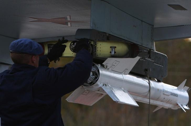 Перехватчик МиГ-31 получил ракеты малой дальности Р-74М